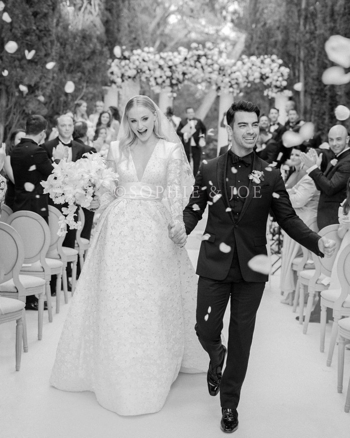 American pop singer Joe Jonas and his wife Sophie Turner.