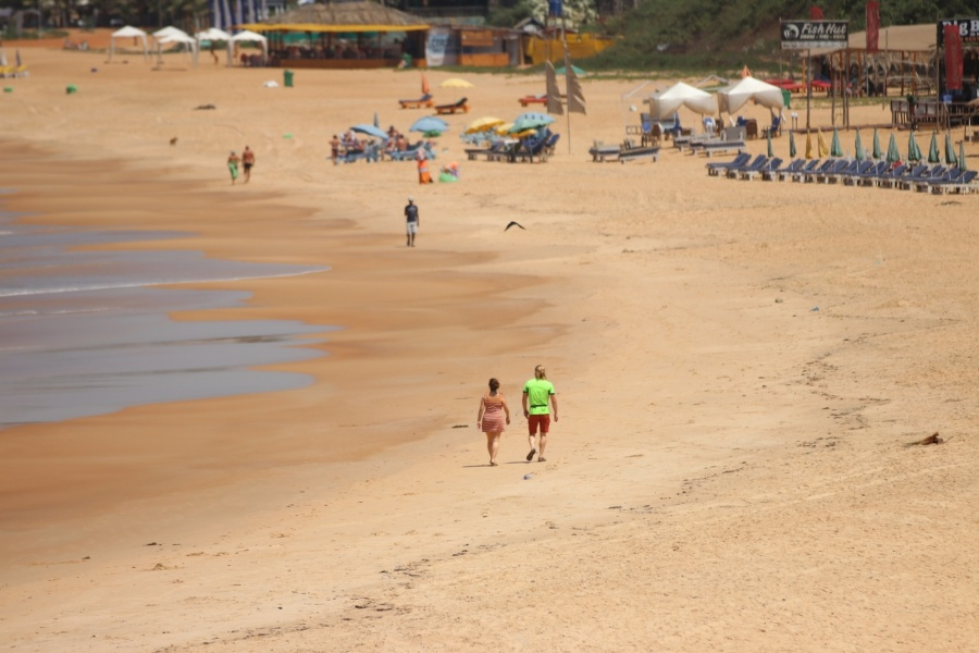 Sinquerim: The Baga Beach bears a deserted look after the Goa Government invoked Section 144 in the wake of increasing cases of COVID-19 (coronavirus), in Sinquerim on March 21, 2020. (Photo: IANS) by .