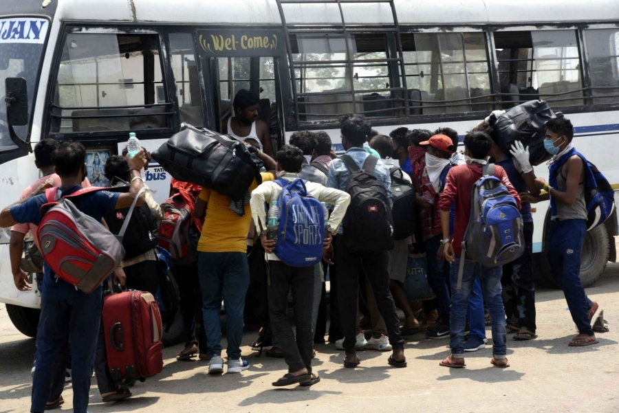 Patna: Bihar migrant workers return to Patna from Haryana via Sharmik Special train during the extended nationwide lockdown imposed to mitigate the spread of coronavirus, on May 14, 2020. (Photo: IANS) by .