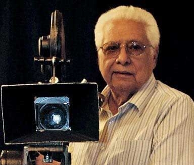 Filmmaker Basu Chatterjee passes away at 93. by .
