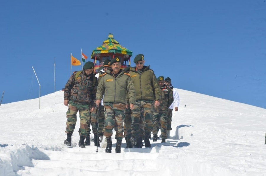 Army chief reviews security arrangements in Valley. by .