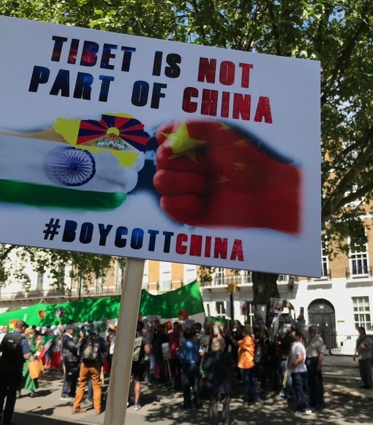 Pakistanis sing 'Vande Mataram' alongside Indians in London protest against China. by .