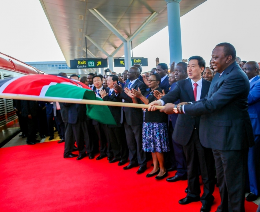 Wang Yong attended the opening ceremony of the first phase of the Nairobi-Malabar Railway. by .