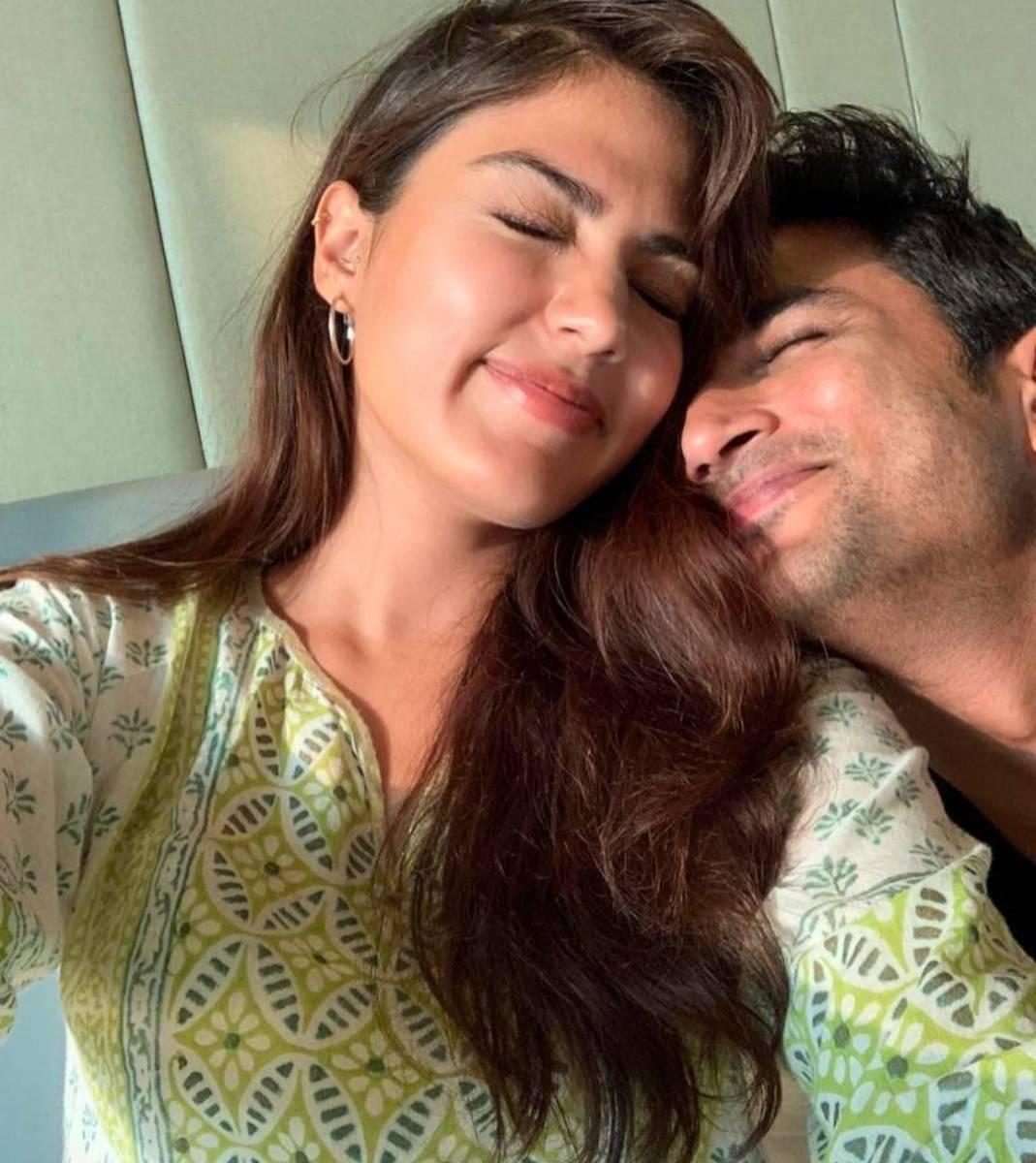 Sushant's 'girlfriend' Rhea Chakraborty requests Amit Shah for CBI probe. by .