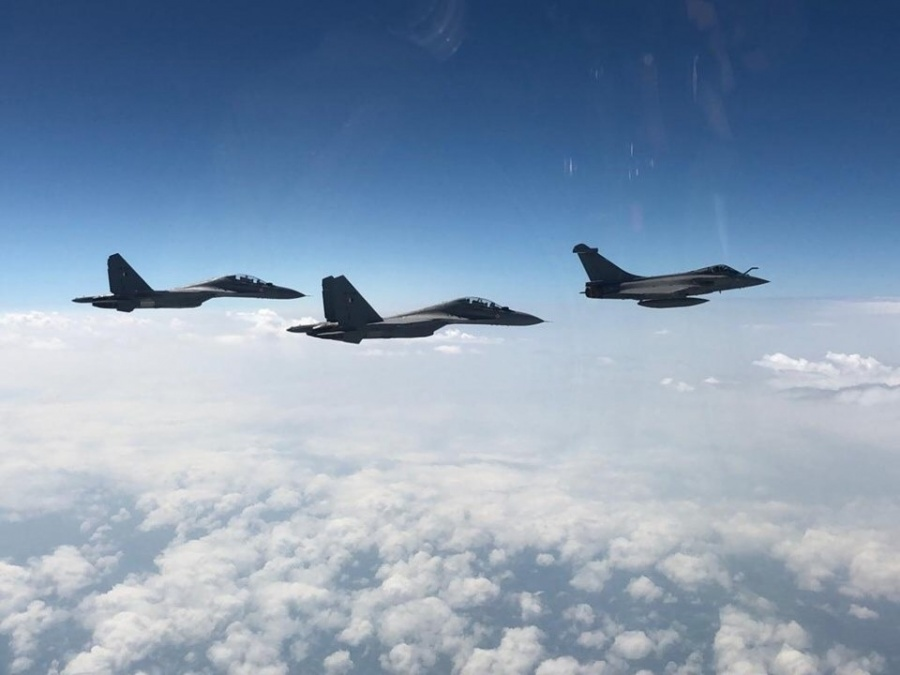 France: Exercise Garuda 2019, the Indo-French joint air drill, concluded in Mont-de-Marsan in France on Friday. The Indian Air Force had sent a large contingent of four Su-30 MKI fighters, an IL-78 mid-air refueller and two C-17 heavy lift aircraft. The IAF fighters flew along with French Rafale jets. IAF Vice Chief R.K.S Bhadauria flew in the final mission. The combination of Su-30 MKIs and Rafales, which IAF will fly in the coming years, was tried out during the joint drills. (Photos: IANS) by .