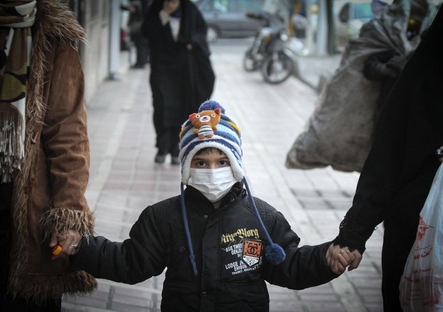 IRAN-TEHRAN-AIR POLLUTION-ALARM by .